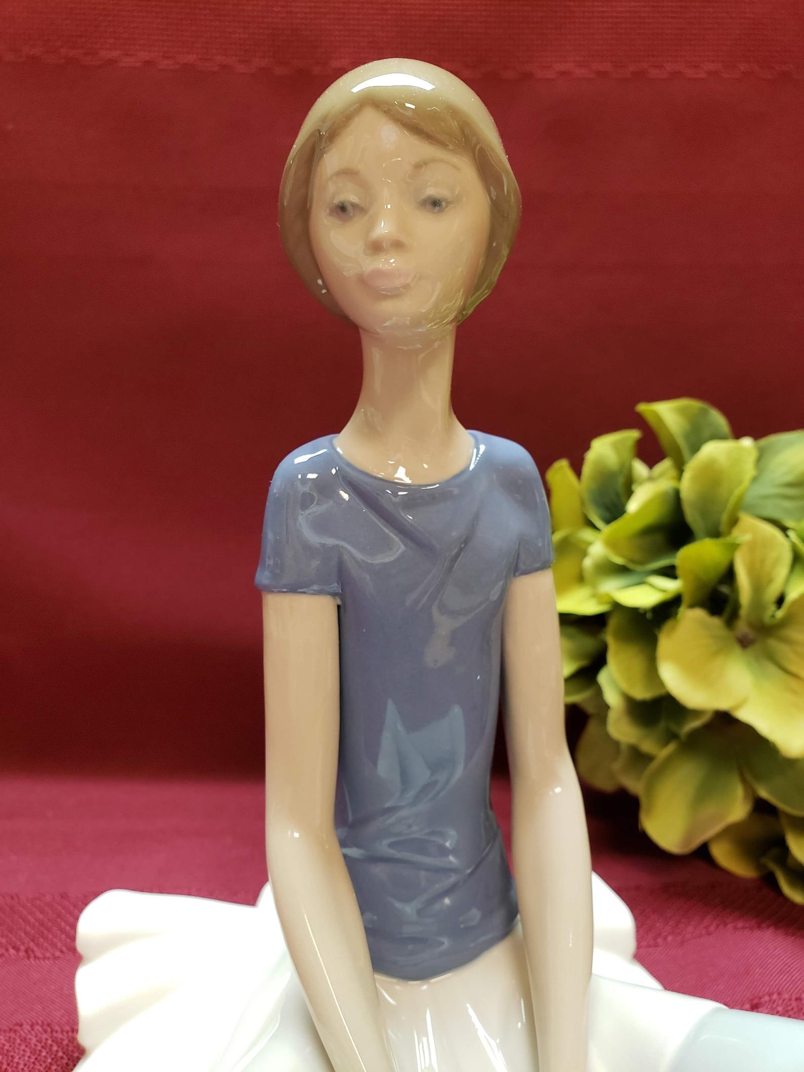 lladro retired beth, no. 5222, ballet girl, ballerina, 1978-1993, glossy porcelain, made in spain, purple ballet shoes, original