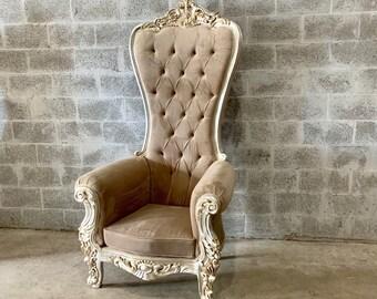 Beige Throne Chair Champagne Velvet Chair 1 Avail French Chair Throne Cream Velvet Chair Tufted Silver Throne Chair Rococo Interior Design