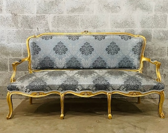 French Furniture French Vintage Vintage Sofa Antique Furniture New Upholstery Interior Design Baroque Furniture Rococo French