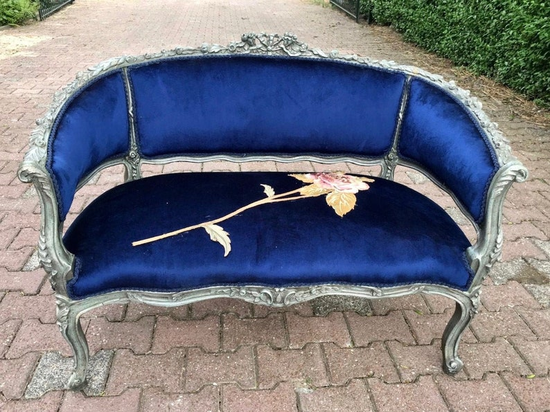 Astonishing French Marquise French Sette Sofa Furniture Baroque Vintage Furniture Rococo Settee French Tufted Settee Royal Blue Interior Design Evergreenethics Interior Chair Design Evergreenethicsorg