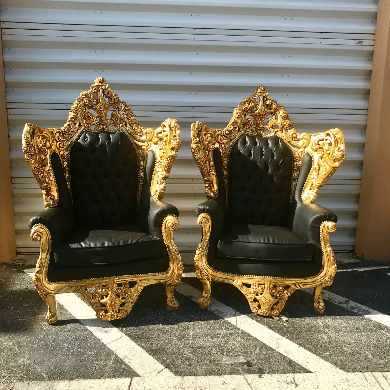 gallery photo gallery photo - Rococo Throne Antique Furniture Black Leather Tufted Settee Gold