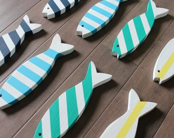 SET OF 8 - Wooden Fish - Wooden Painted Fish - Set of Four