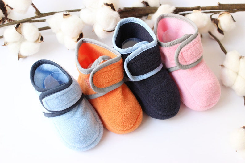 14a5c5a1830cb PDF Pattern cozy Infant Baby Kids shoes, Fleece fabric for baby and kids  easy Instructions, baby winter shoes, boots Crib Shoes, Soft Sole,