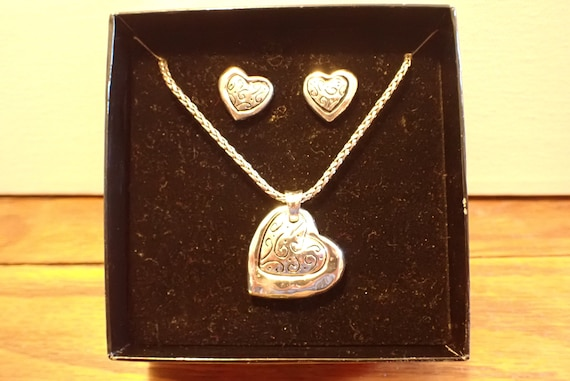 talbots silver heart necklace with matching heart