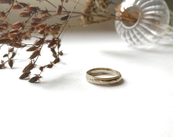 KAHN ring.