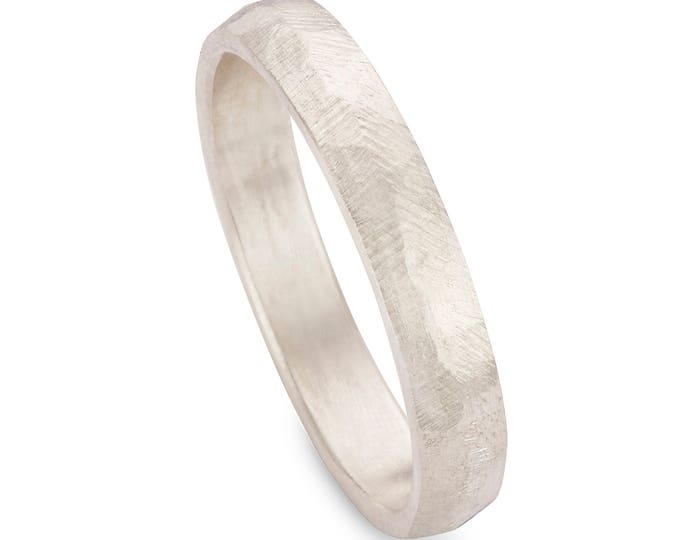 Silver KURT ring.
