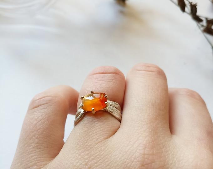 ring CARNEOL.