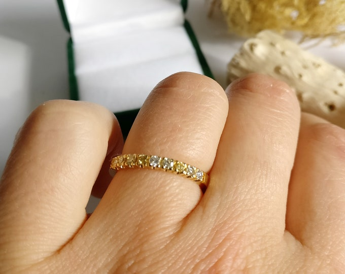 One of a kind ring: MEMOIRE.