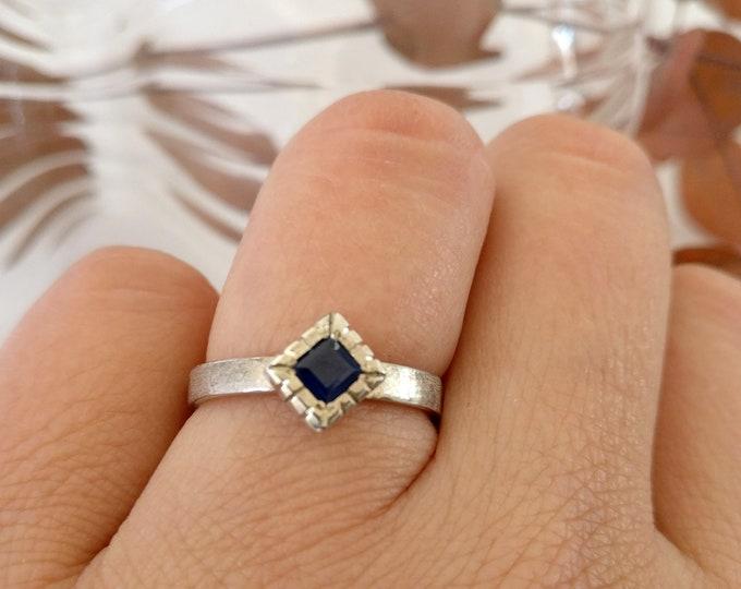 ring PRINCESS SAPPHIRE
