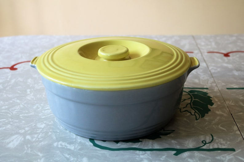 Cool Hall General Electric Refrigerator Ceramic Bowl with Lid Gray Covered Bowl with Yellow Lid
