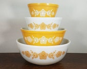 Vintage Pyrex Butterfly Gold Milk Glass Mixing Bowl Complete Set of (4) 401 402 403 404