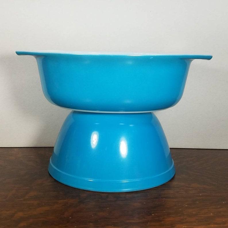 Vintage Pyrex 043 Horizon Blue Milk Glass Casserole Dish