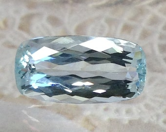 14x7 mm Natural Sky Blue Aquamarine 3.85 carat Light Blue Elongated Rectangle Cushion Cut Loose Faceted Gemstone Beryl March Birthstone 4 ct