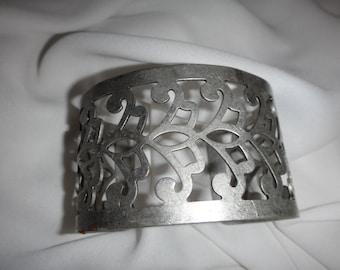 Vintage Metal Lattice Lace Cuff Bracelet/ Antique Metal Filigree Cuff Bracelet/ Vintage Inspired Metal Renaissance Costume Bracelet