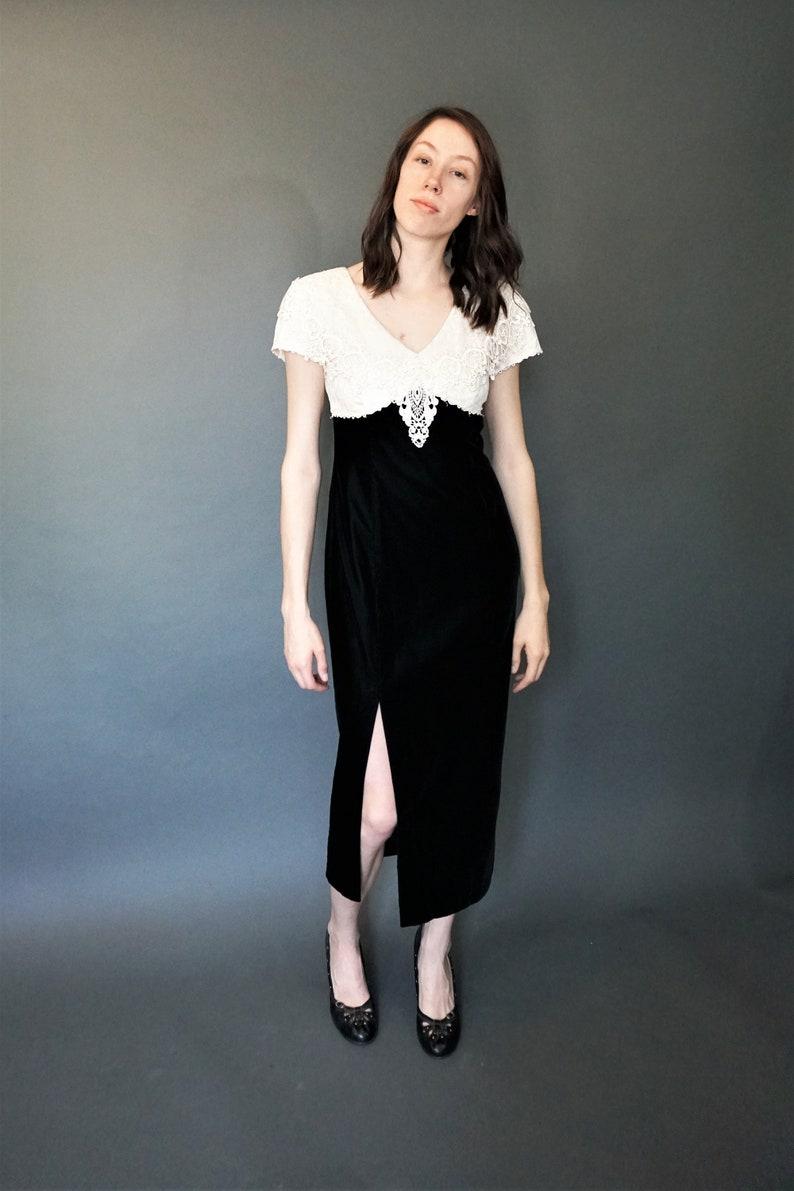 8db9a29d94b Vintage McClintock robe avec jupe de velours Empire taille