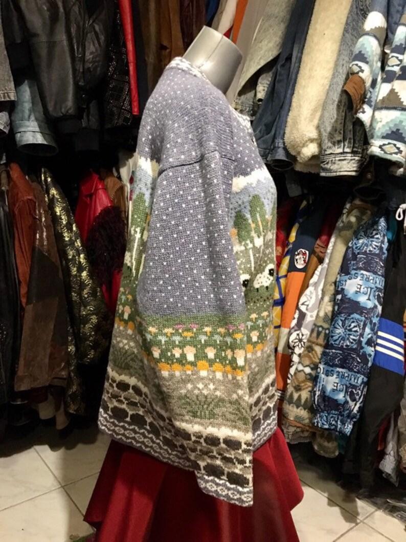 dropped shoulder cardigan Code:2404 Size M Vintage little lamb norvegian thick wool jumper