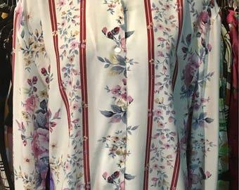 1980' floral, loose blouse. Size S/M.