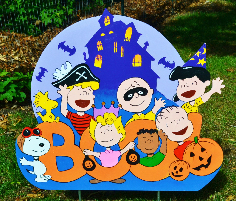 Halloween Peanuts Gang by LawnArtDeco