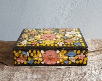 Hand Painted Lacquered Wood Trinket Box. Vintage Kashmiri Style Boho Décor Jewellery Storage Box