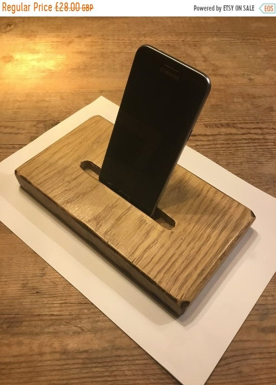 June Sale Rustic English Reclaimed Solid Oak IPhone Smart Phone Table Holder Stand