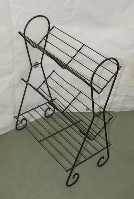 Awesome 1950S Mid Century Modern Wire 3 Tier Record Book Shelf Starburst Evergreenethics Interior Chair Design Evergreenethicsorg
