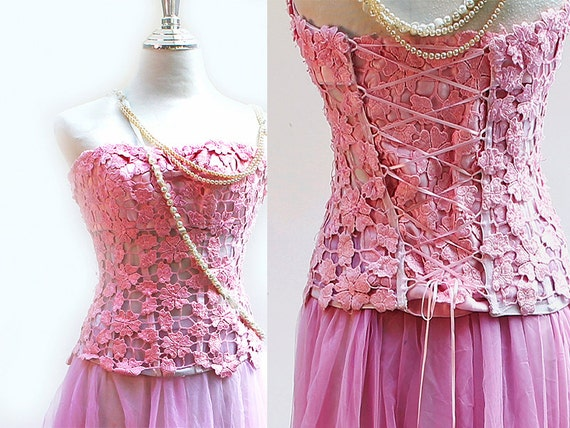 Pink Lace Starpless Corset Strapless Wedding Dress