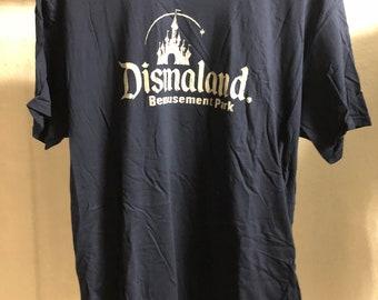 Adult  (Extra Large) - Blue : Banksy - Dismaland T-Shirt (1097)