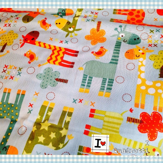 Mille Idee Con Il Patchwork.Quilt With Giraffe Light Blue Background
