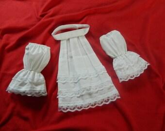 Mens white cravat/jabot and cuffs, handmade