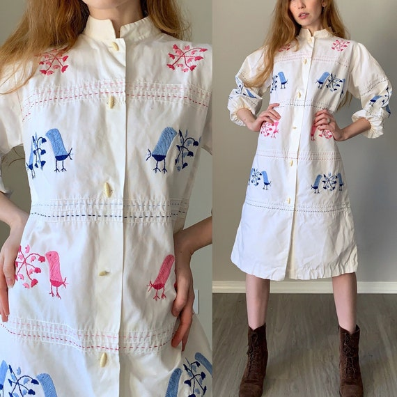 Vintage 1970s Dress / Bishop Sleeve Button Front E