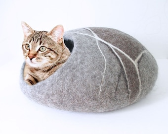 Felted Wool cat cave in grey and brown colours, pebble design, 100% natural eco friendly pet house, wool felted cat cocoon, cat bed house