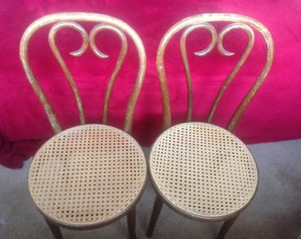 Set of two beautiful bentwood chairs,Thonet chairs, cafe chair, dining chair, original wood finish, Thonet style chair, vintage chair.