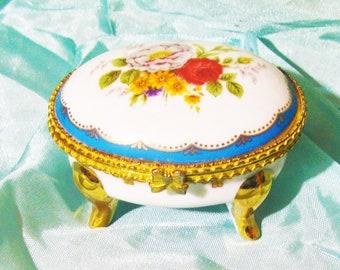 Vintage Porcelain Music Box Boy Band Musician Pot Lid Cymbals La Paloma