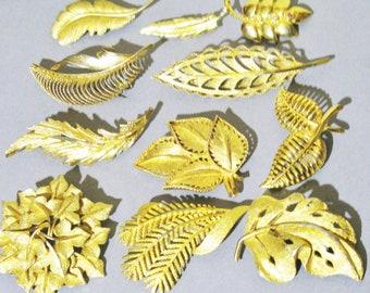 Lot Leaf Brooches x 11 - Gold Tone - Good Quality - Rd Numbers - Vintage Retro Mid Century - Destash Re-Sale Job Lot Bundle