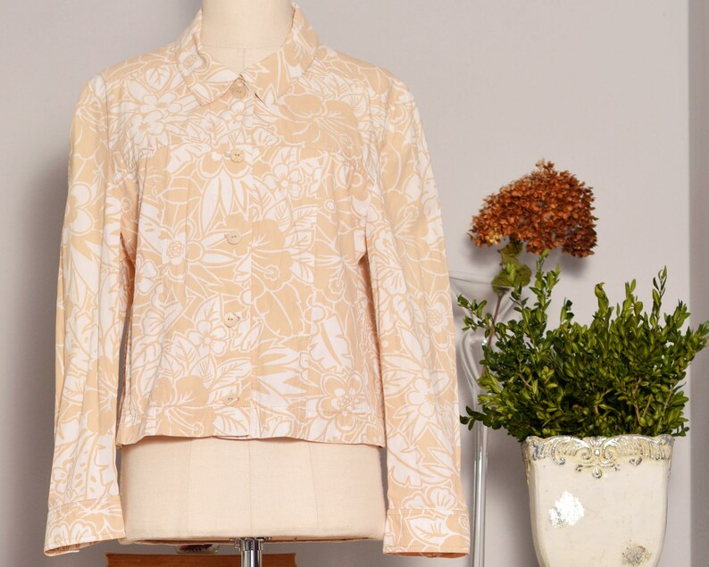 hawaii jacket gypsy short sleeve trucker vacation clothing windbreaker floral beige flower cream babydoll pattern hippie women tight vintage