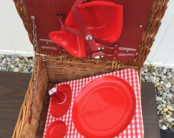 Vintage Brexton red plaid wicker picnic basket