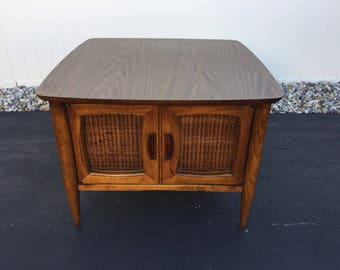 Mid century Lane caned door end table