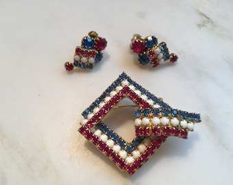 Vintage red white and blue patriotic rhinestone brooch and earrings