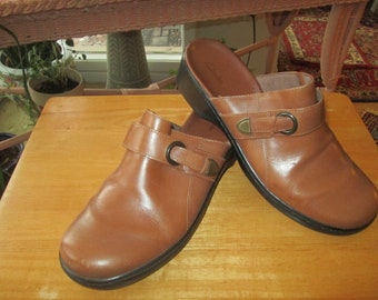 690e784b208 Vintage Clarks women s doe brown faux leather slip on mules clogs. Size 11  M Made in Brazil slip on low heel country boho everyday size 11