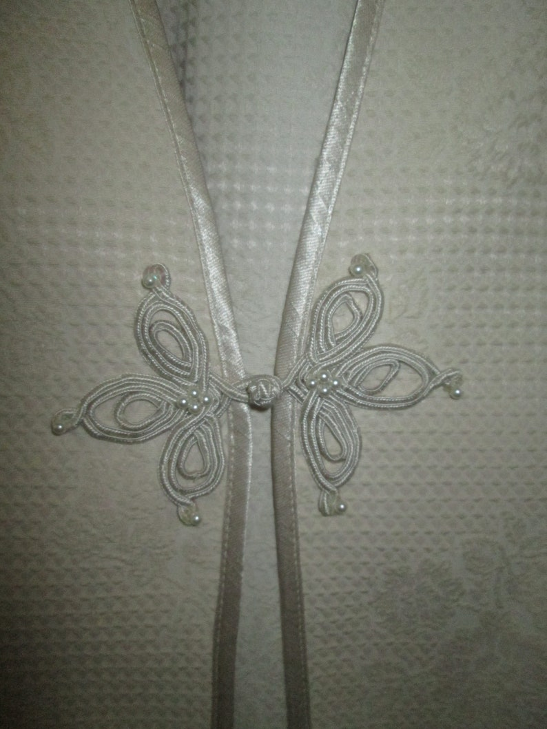 Vintage beige semi formal beige 2 piece sheath dress w adorned jacket M of bridegroom formal event Ursula of Switzerland evening dressjkt