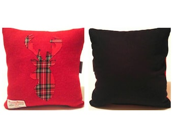 Harris Tweed. Cushion. Reindeer. Christmas. Red. Navy. Stag. Reindeer. Festive