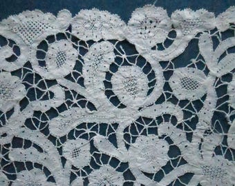 Pretty Antique Victorian Hand Made Brussels Guipure Lace Modesty Panel
