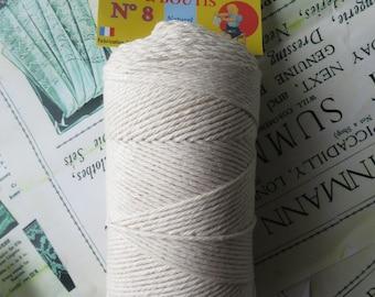 Le Baufil No. 8 Ecru Cotton Boutis & Patchwork Yarn
