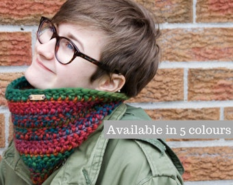 Crochet Cowl, Neck Warmer, Autumn Neckwarmer, Chunky Cowl, Hand Knit Snood, Ladies Scarf, Gift for Her, Knit Scarf,