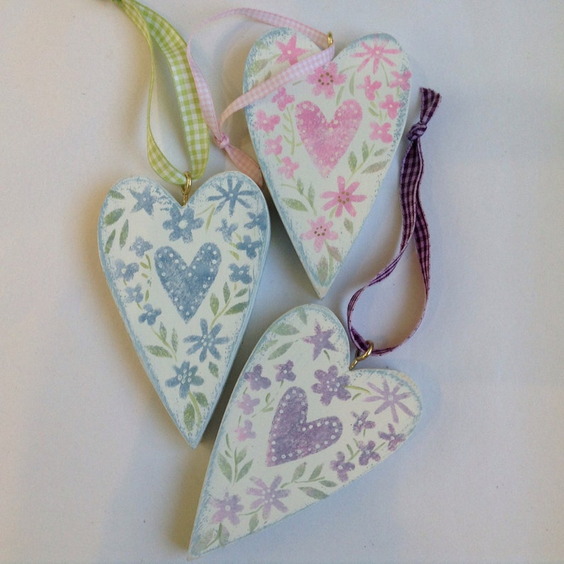Wooden hearts  faded florals. Set of three image 0