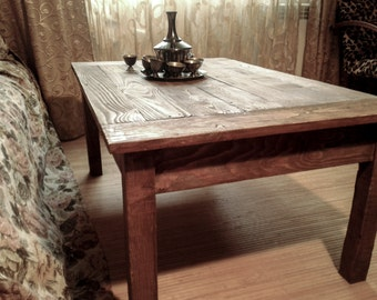"Coffee table,pallet table,wood coffee table,rustic coffee table,diy pallet furniture,living room tables,solid wood table ""Dark forest""."