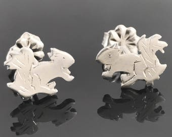 Squirrel earrings - Sterling silver animal earrings - Fall animal earrings - Animal stud earrings - Squirrel jewelry