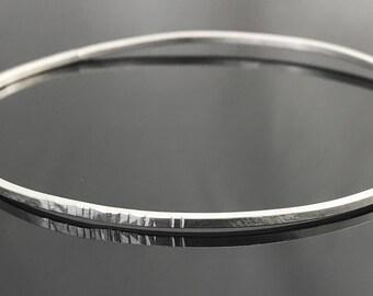 Hammered bangle bracelet - Sterling silver bangle - Simple jewelry - Sterling silver bracelet