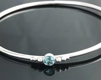 Blue topaz bracelet - Sterling silver bangle - Gemstone bracelet - Sterling silver bracelet - November birthstone - Topaz bracelet
