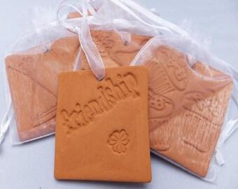 Ceramic Oil Diffuser, Handmade, friendship design